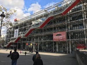 Exposição La Trahison des Images - Paris, França