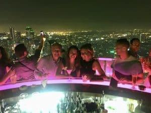 Vertigo no topo do Banyan Tree Hotel em Sukhumvit, Bangkok