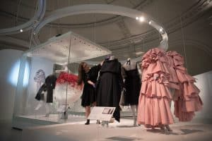 Balenciaga: Shaping Fashion